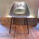 Cast chaises en aluminium par Pierre Guariche